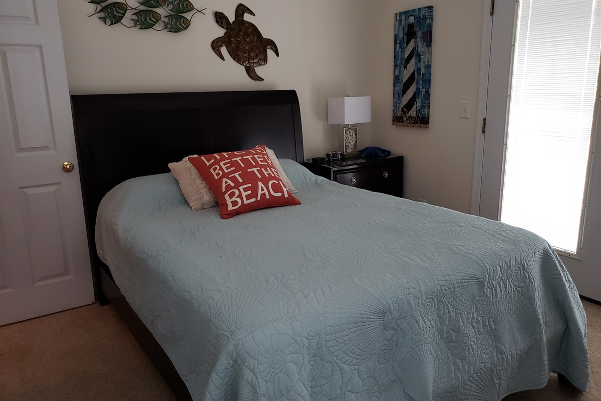 Queen Upper Bedroom off Deck