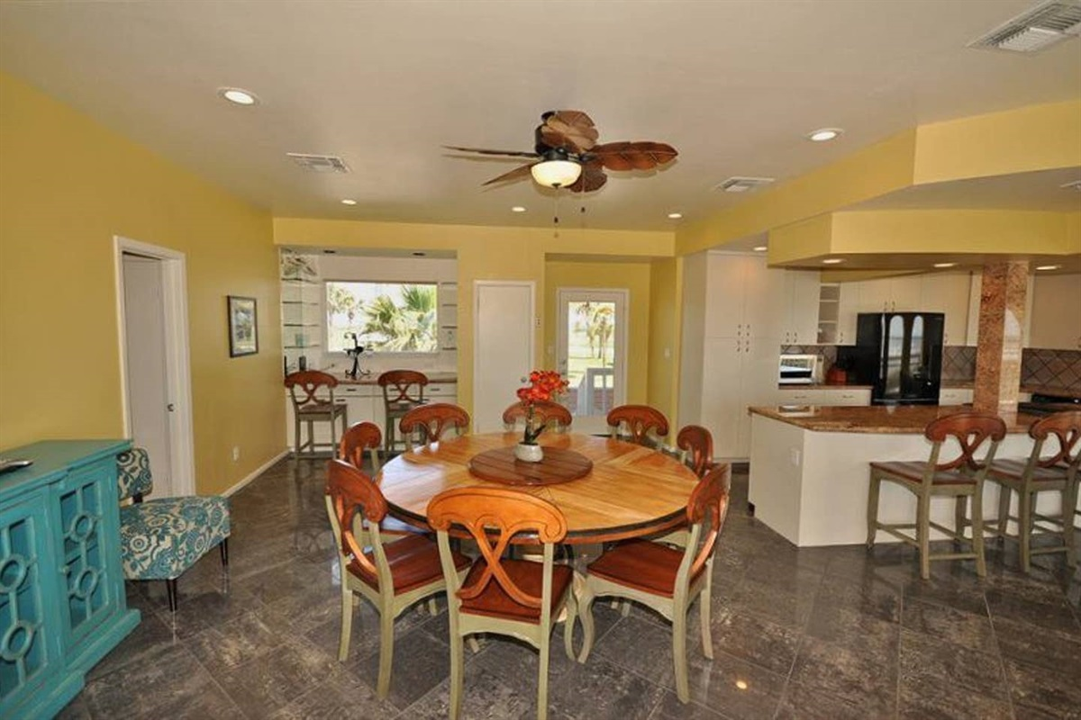 Dining Table Seats Up to 8 & Banquet Serving Area
