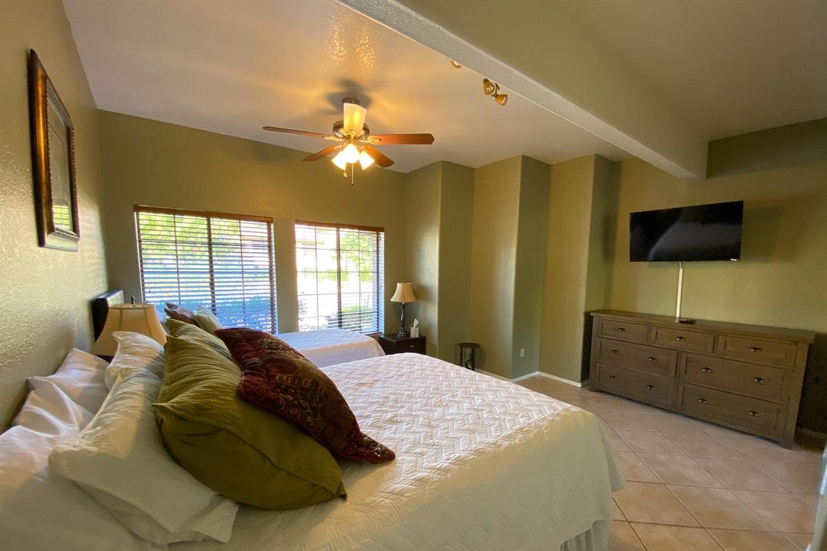 Bedroom 3 - Queen & TwinXL beds