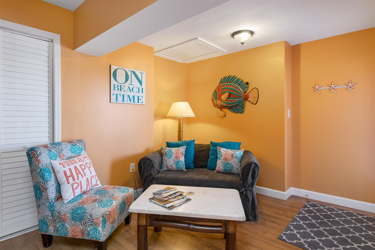 Welcome to our Bright and Beachy studio condo.