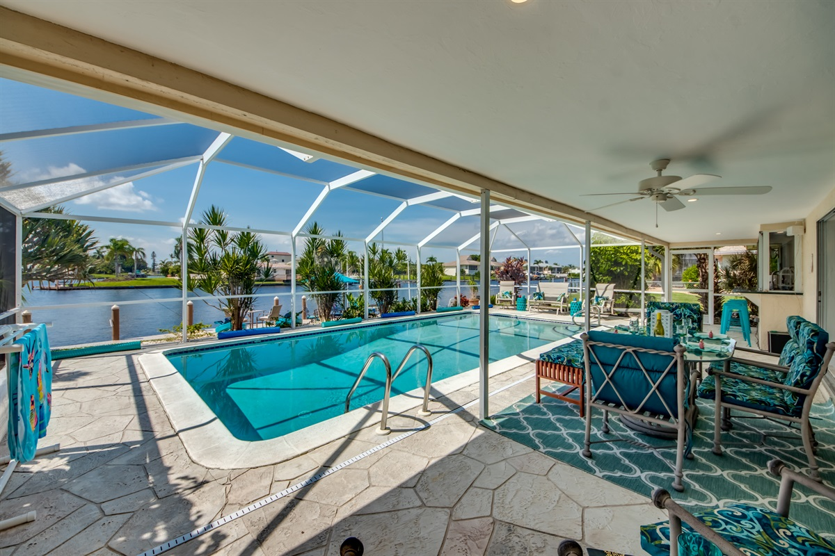 POOL DECK WITH OUTSIDE DINING