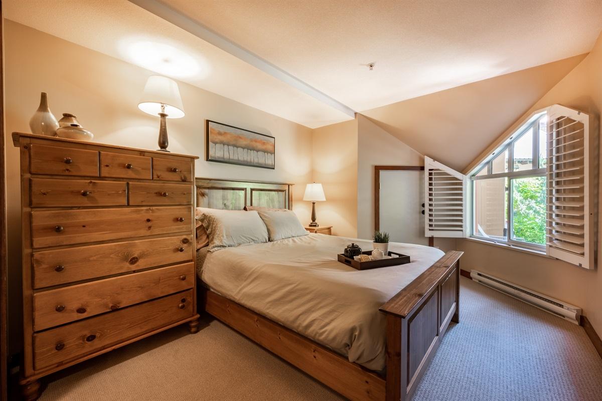 Master Bedroom - Queen bed, large window, plenty of storage, beautiful and comfortable new linens.