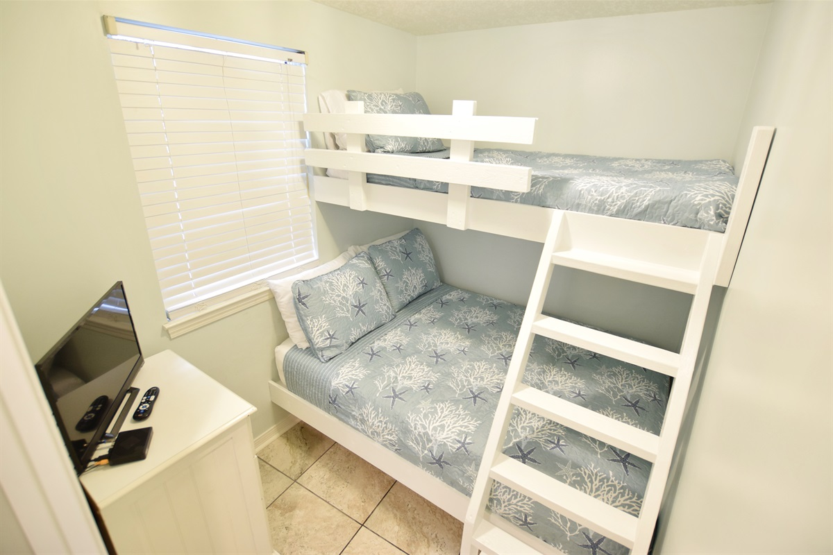 Destin West Gulfside #214: Bunk Room