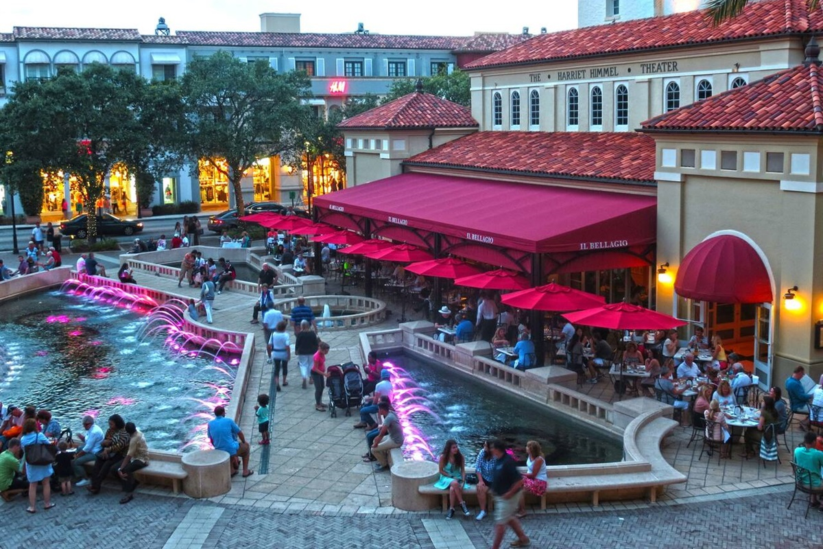 Enjoy some ice cream while people watching around the fountains in Downtown CityPlace