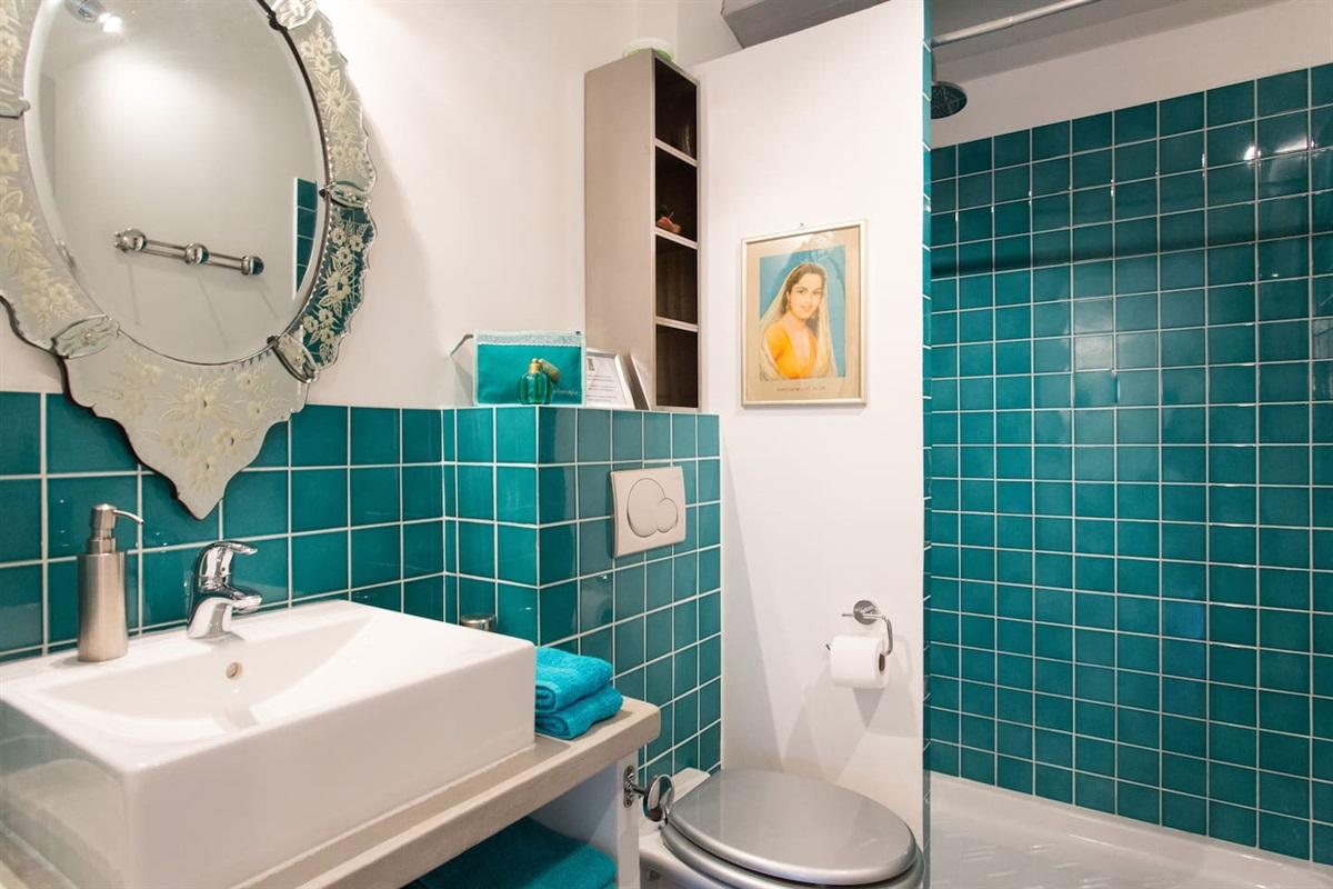 la salle de bain chambre 4