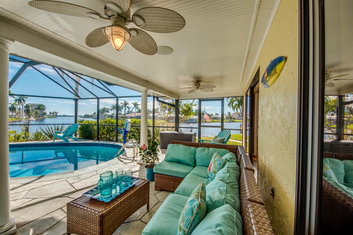 Comfortable seating on the lanai