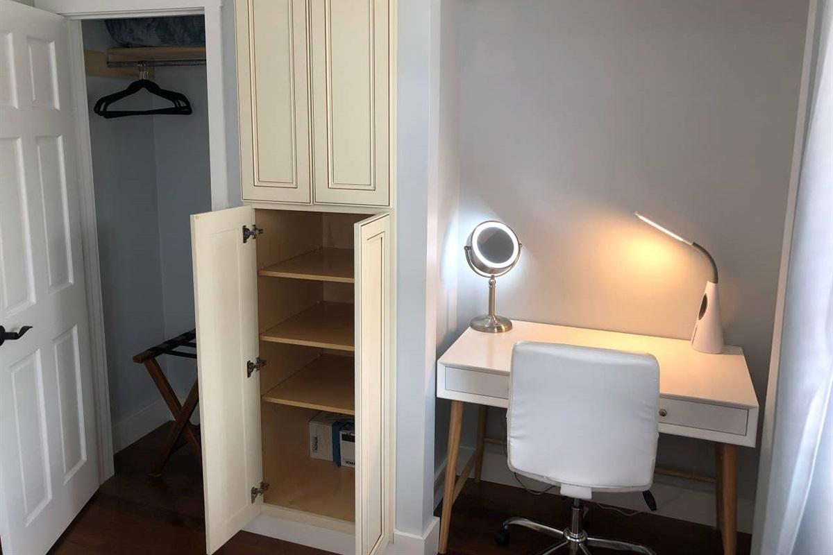 BEDROOM #2:> Ample shelf storage > Closet & Clothes hangers> Desk & Face-mirror