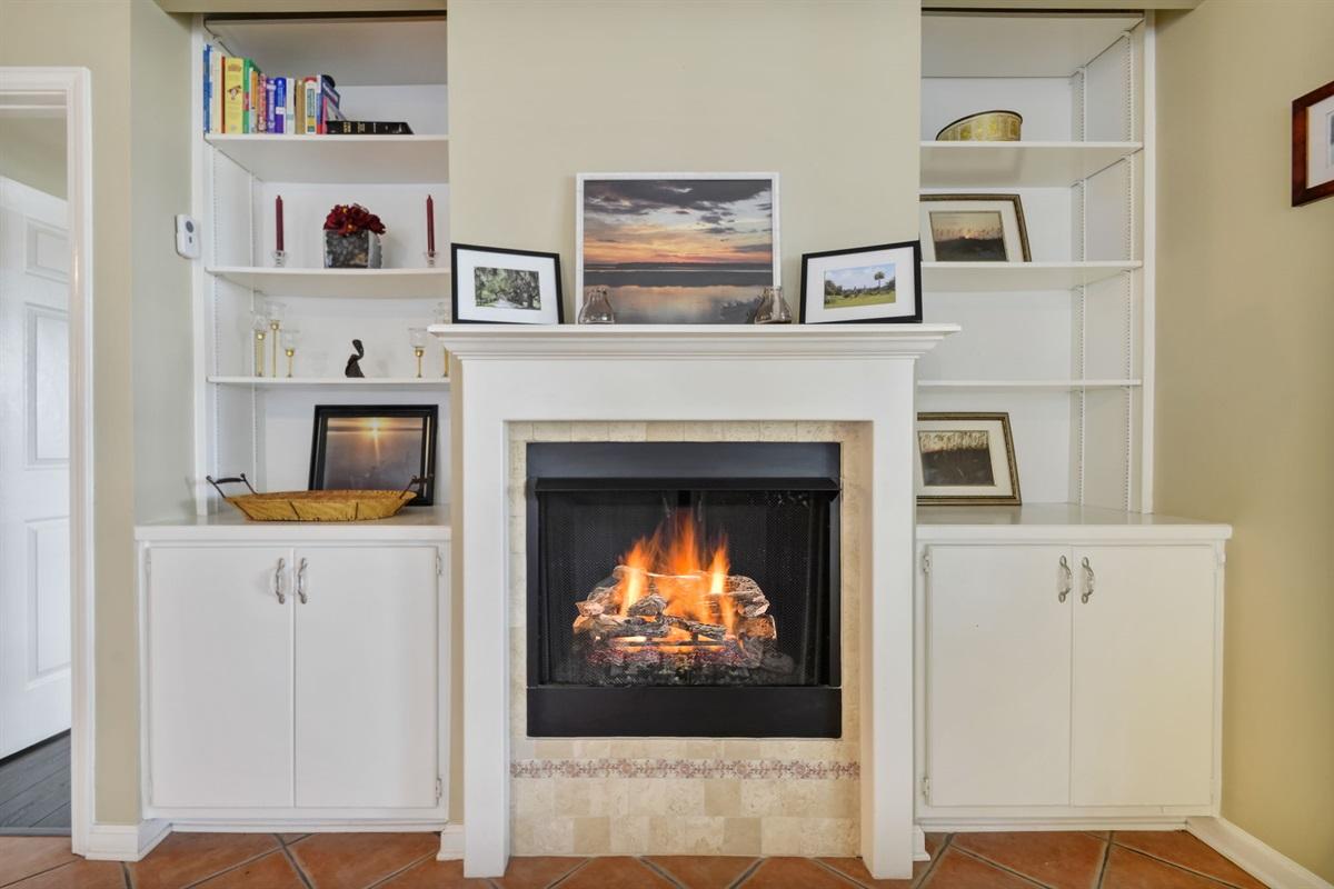 Gas Fireplace!