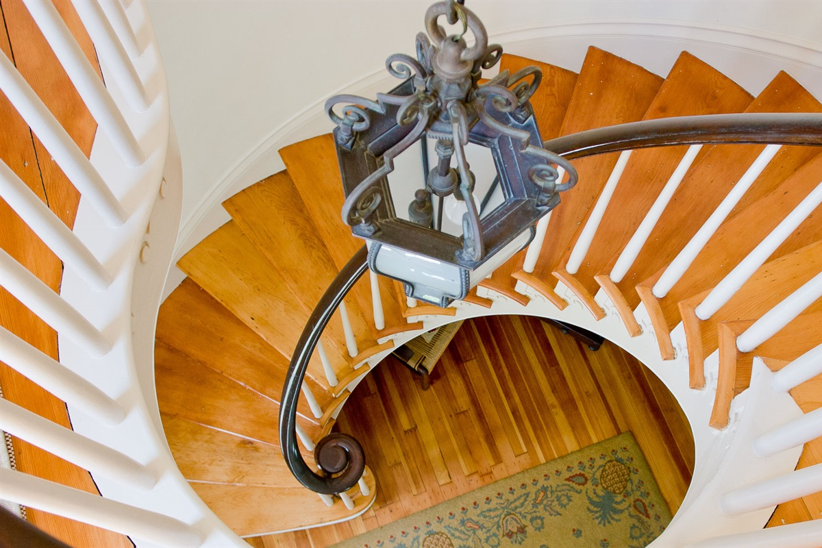 Front spiral staircase from the 2nd floor