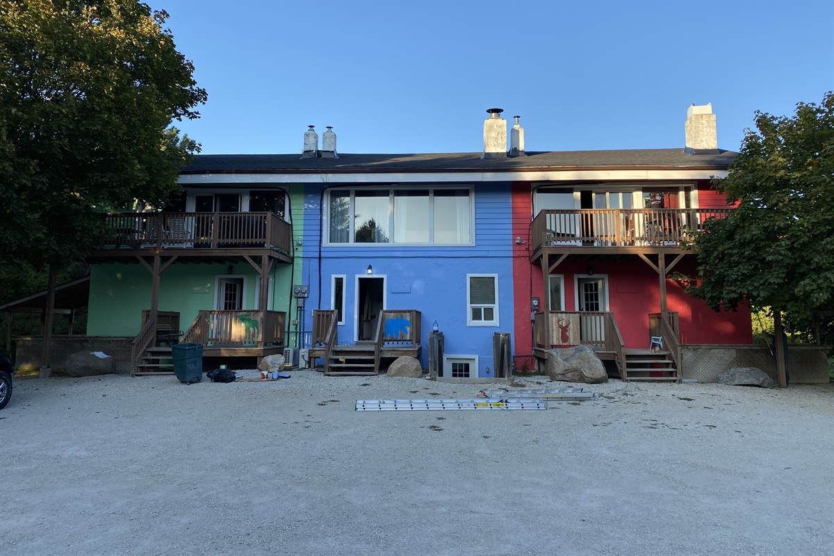 Front of Chalet Blue (3 units, left, centre and right)