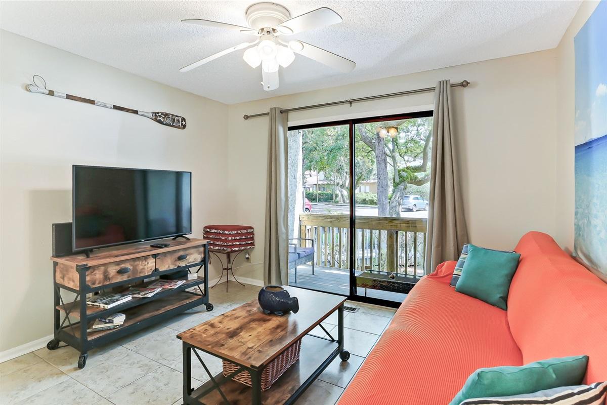 Living RoomTV & Patio
