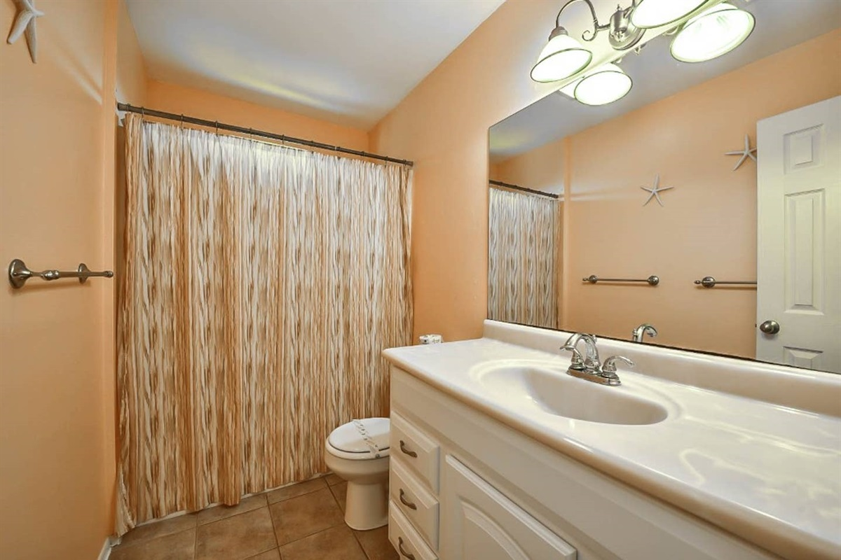 Guest Bathroom with Combination Tub & Shower