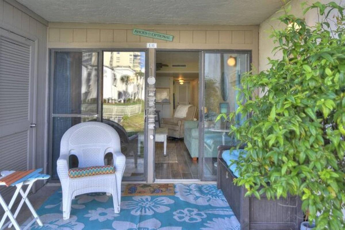 Ground level private patio