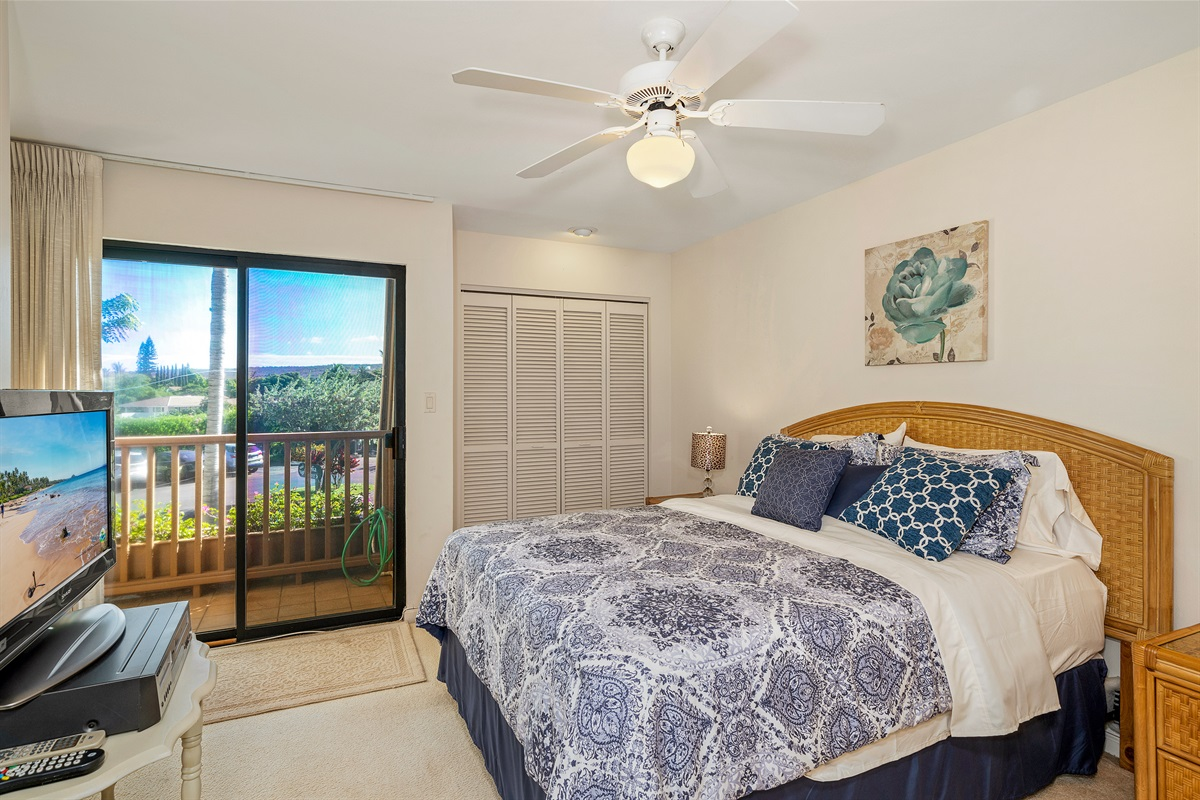 Both bedrooms feature private lanais