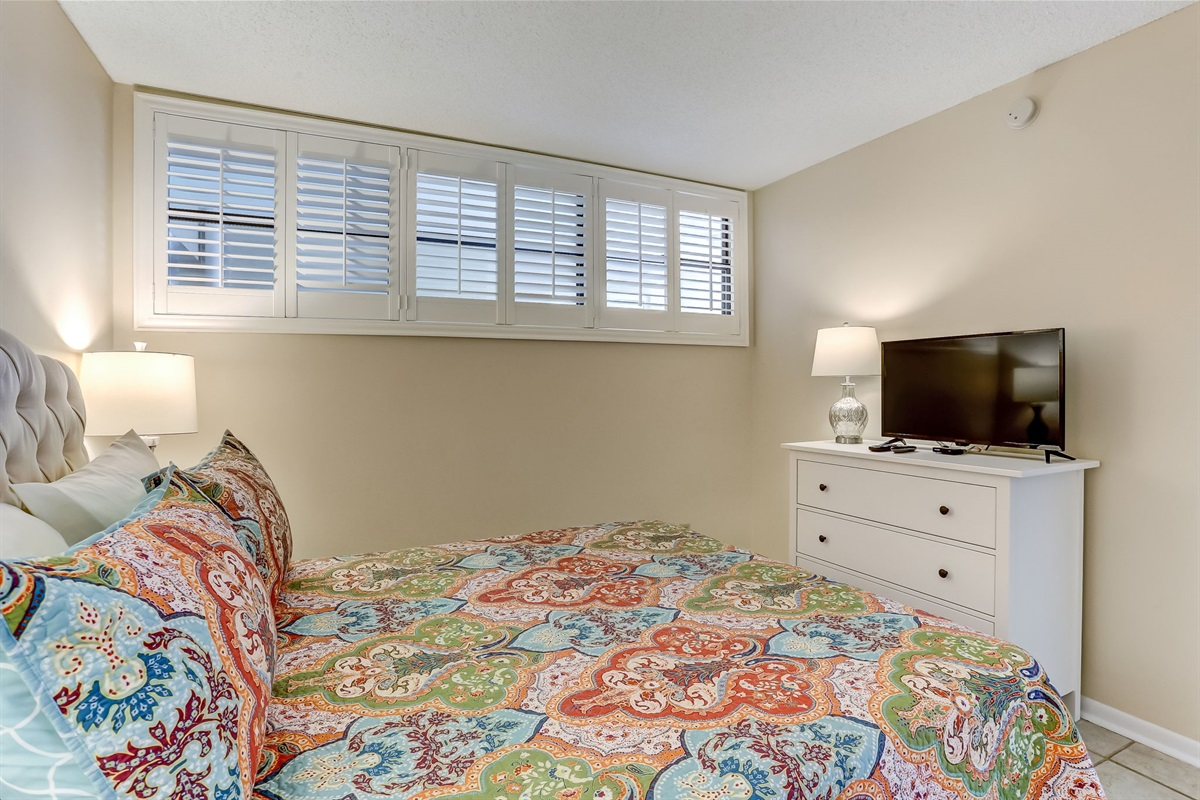 3rd Guest Room with Cable TV