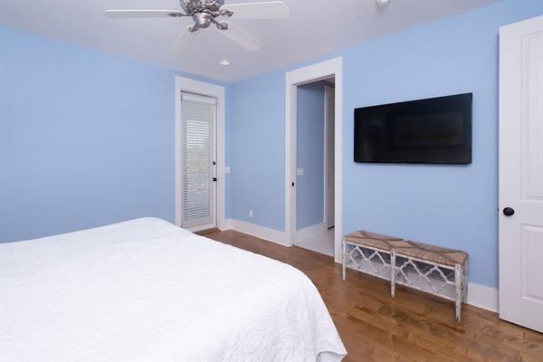2nd Floor Master King Bedroom with Balcony access, Private Bath and HDTV