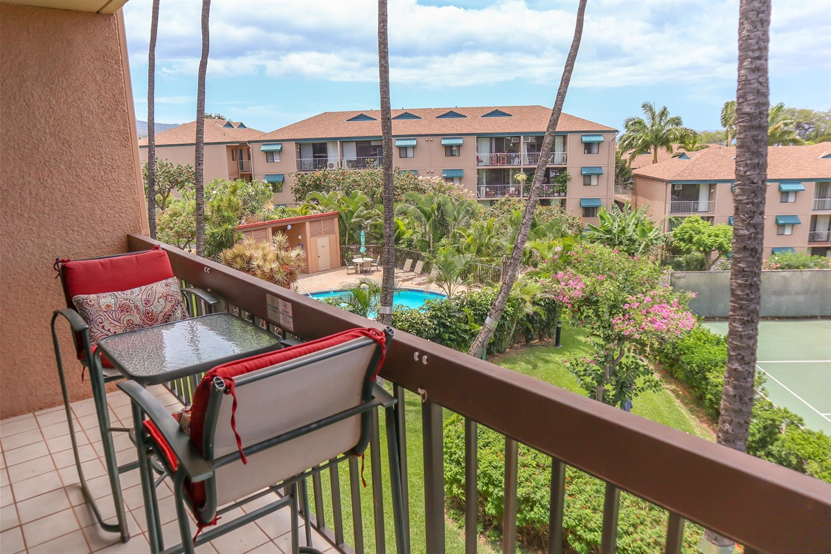 Relax on your own private lanai