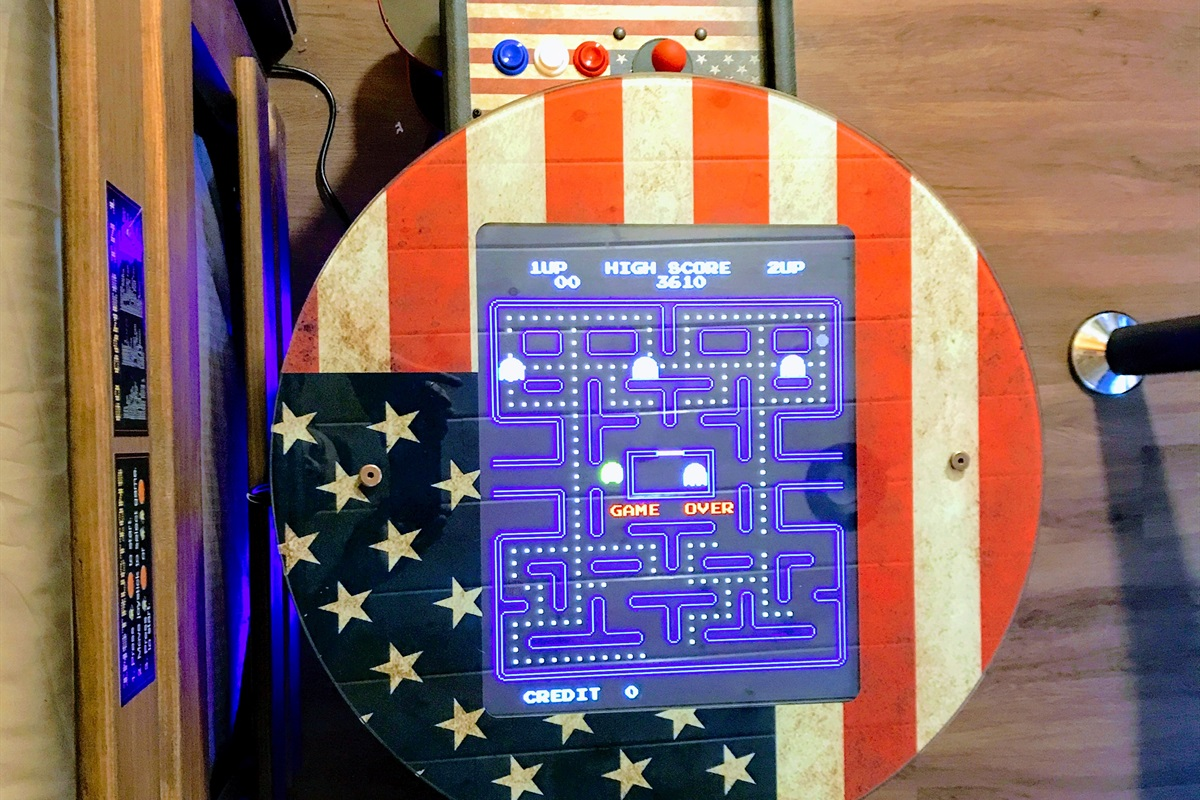 Arcade with 60 vintage games like Pac-man, Galaga, Gunsmoke, etc.